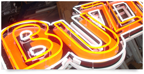 neon sign double tube with day time lettering