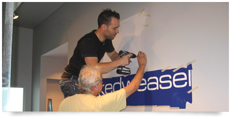 sign installation of retail signage project